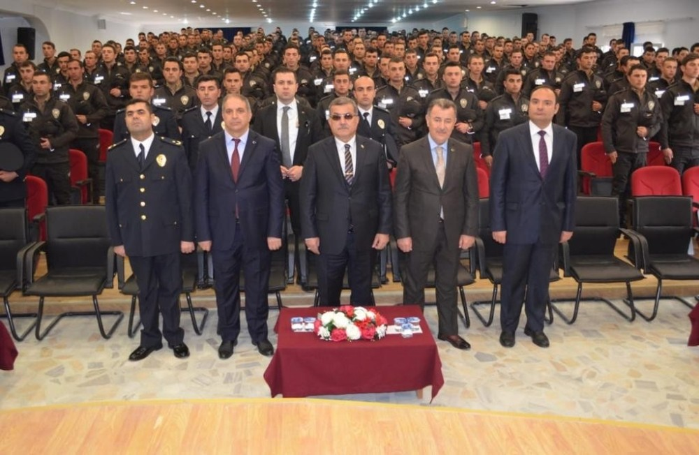 EMNİYET GENEL MÜDÜRÜ UZUNKAYA'DAN BEKÇİLERE 'HUKUK' UYARISI