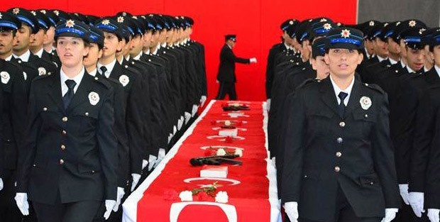 Emniyet Teşkilatı'nda devrim gibi karar: kadın polisler artık...