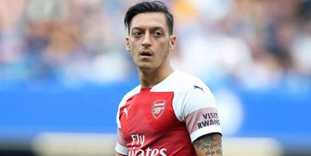 En yakınındaki isim açıkladı: Mesut Özil Türkiye'ye dönebilir