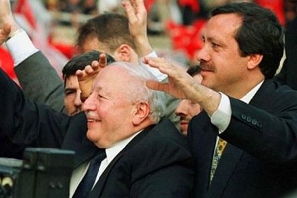 'Erbakan'ın tank-paleti, Erdoğan'ın denizaltısı'
