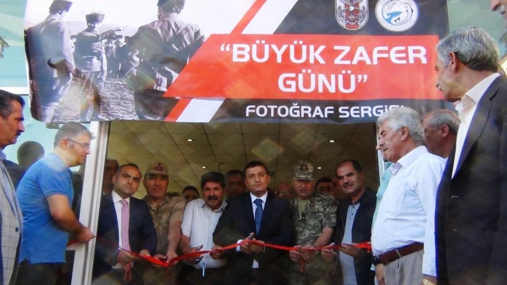 Erciş'te 'Büyük Zafer Günü' konulu fotoğraf sergisi