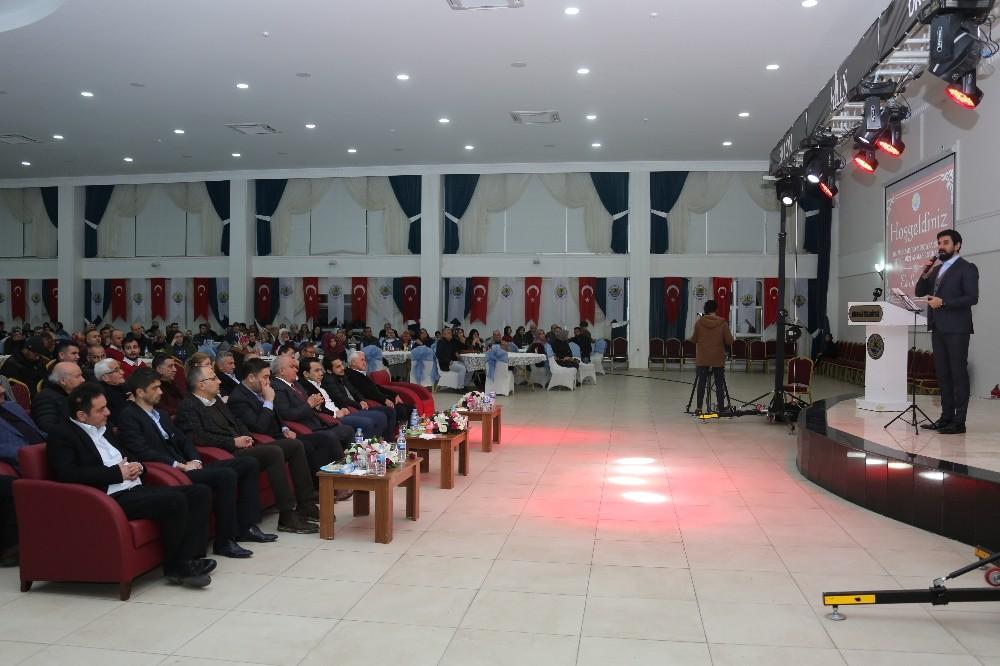 Erdemli'de 'En Sevgiliye' programı düzenlendi