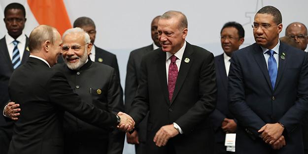 Erdoğan BRICS Zirvesi'nde aile fotoğrafına katıldı
