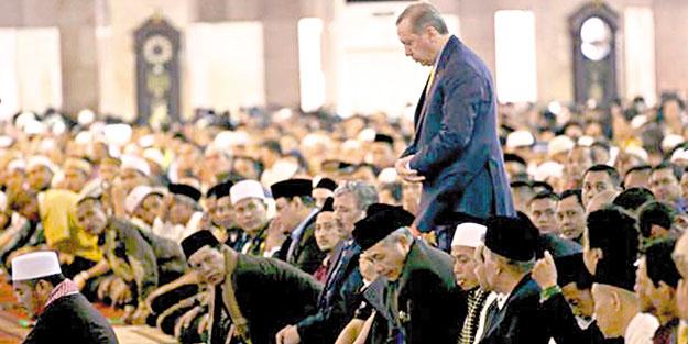 Erdoğan: Derdimiz mezhepçilik değil, İslâm