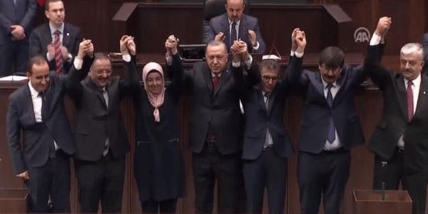 Erdoğan rozeti taktı! İşte AK Parti'ye geçen belediye başkanları...
