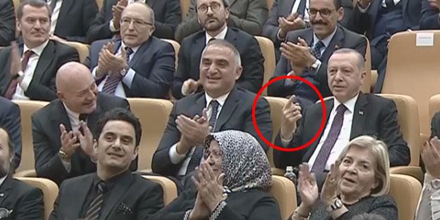 Erdoğan, sahneden inmek üzere olan sanatçıdan özel olarak istedi