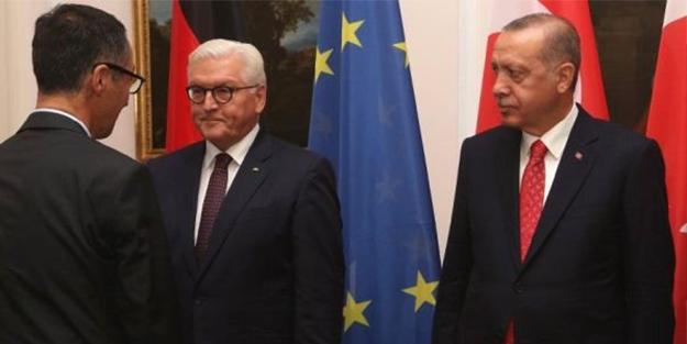 Erdoğan, Türkiye düşmanı Cem Özdemir'i görünce...