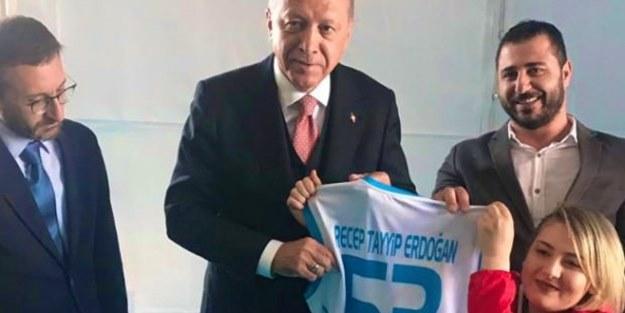 Erdoğan, milli sporcu ile görüştü