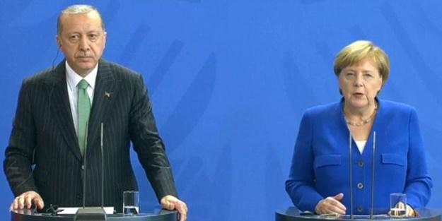 Erdoğan ve Merkel ortak basın toplantısı düzenledi