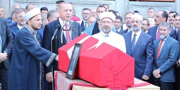 Erdoğan'dan Haluk Dursun'a cenazesinde söz: Hiç merak etme Haluk Hoca...