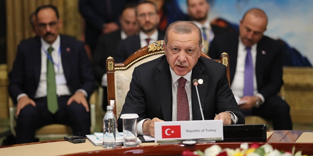 Erdoğan'dan Kırgızistan'da hayati uyarı!