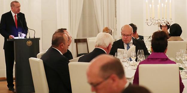 Erdoğan'ın Almanca konuşması büyük alkış aldı