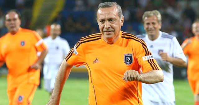 Erdoğan'ın forma giyeceği maçın hakemi belli oldu
