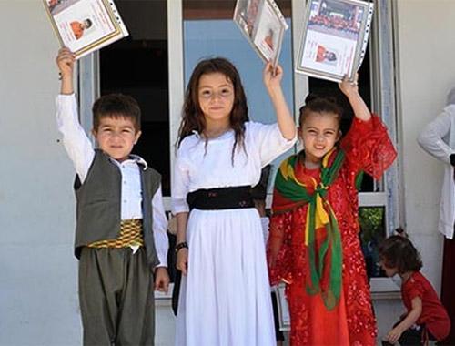 Ermenistan'dan Kürtçe eğitim açılımı