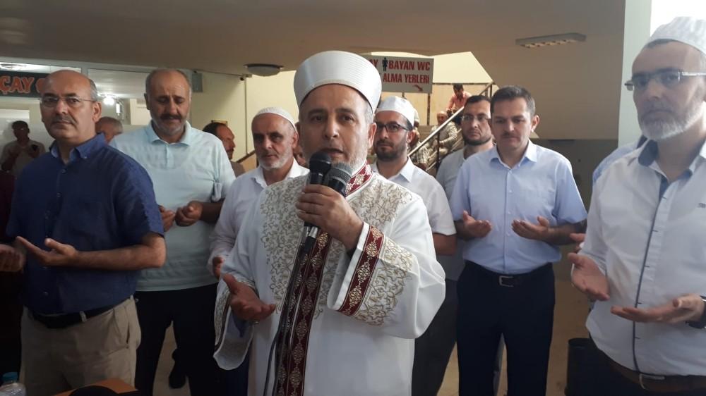 Erzincan'dan ilk hac kafilesi dualarla uğurlandı