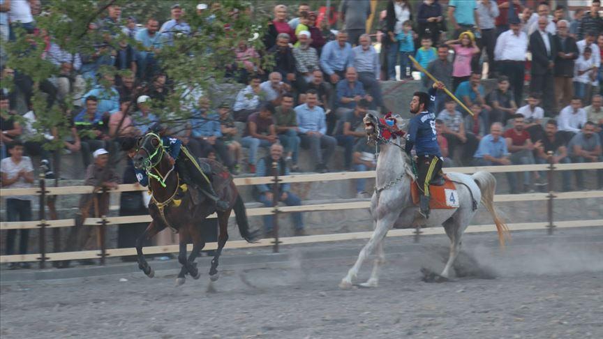 Erzurum'da 'Uluslararası Tarihi İspir Panayır' başladı