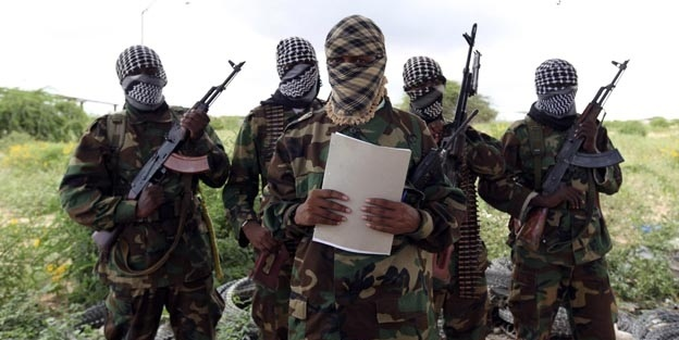 Eş-Şebab'dan bombalı saldırı düzenledi