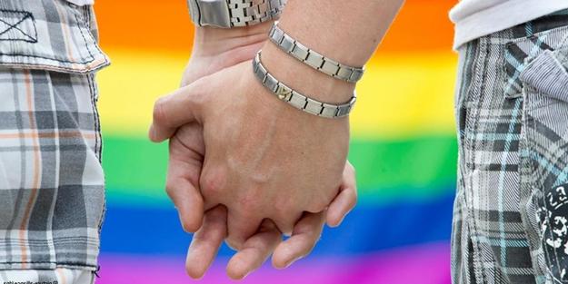 Eşcinsellerin evlat edinmesini yasakladılar
