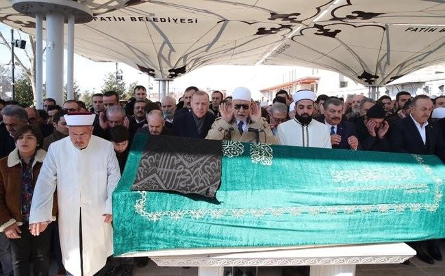 Eski Bakan Akif Çağatay Kılıç'ın acı günü