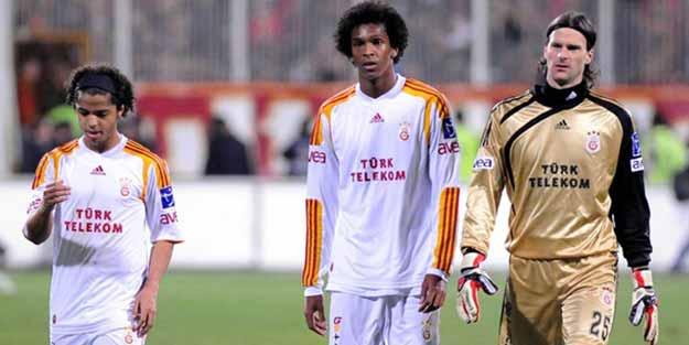 Eski Galatasaraylı ve Beşiktaşlı futbolcular hakkında şike kararı
