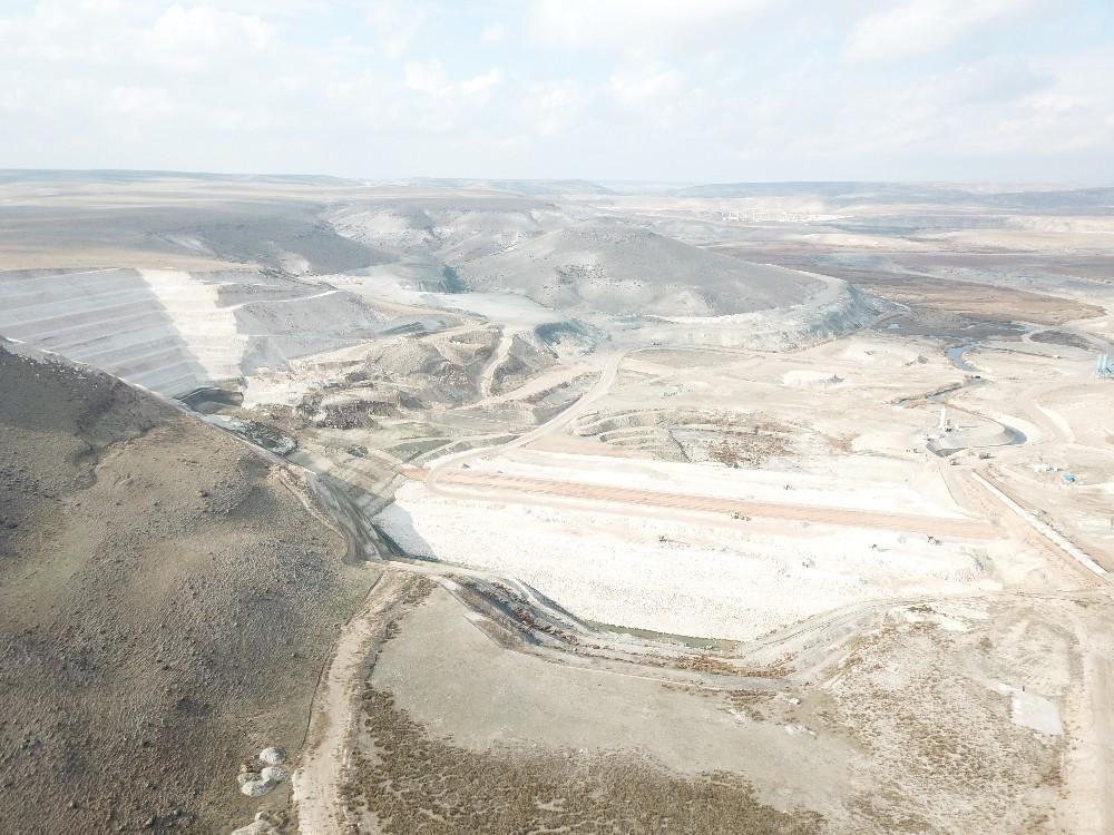 Eskişehir Gökpınar Barajı'nda çalışmalar aralıksız devam ediyor