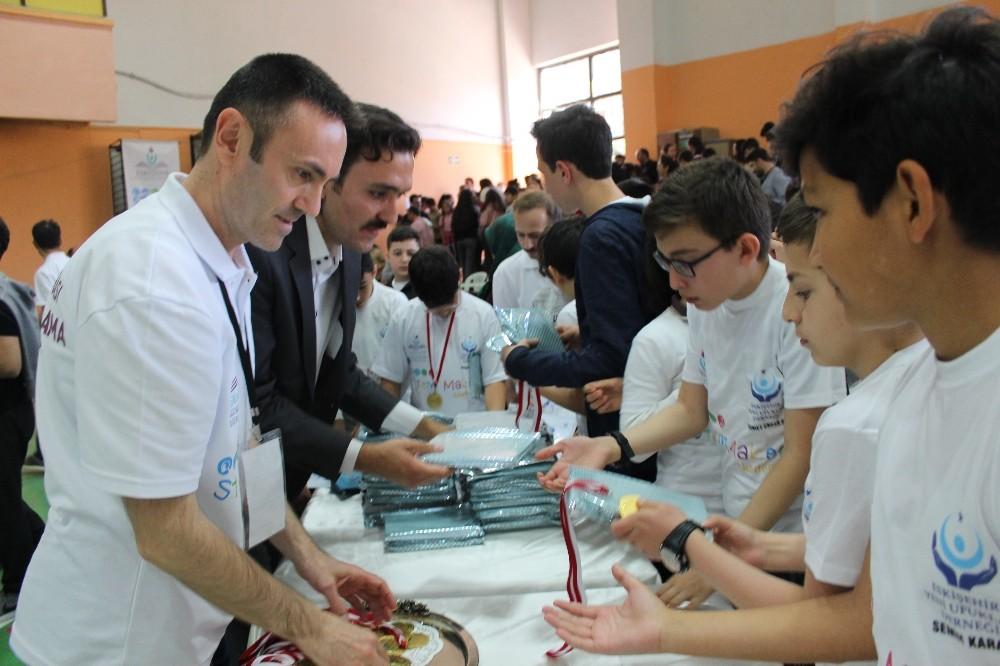 Eskişehir'de Ortaokullar Arası Robotik Kodlama Yarışması