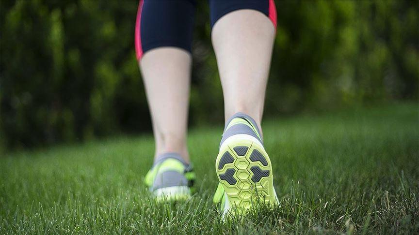 Evde hareketsiz kalındığında günde 500 kalori dahi yakılmıyor