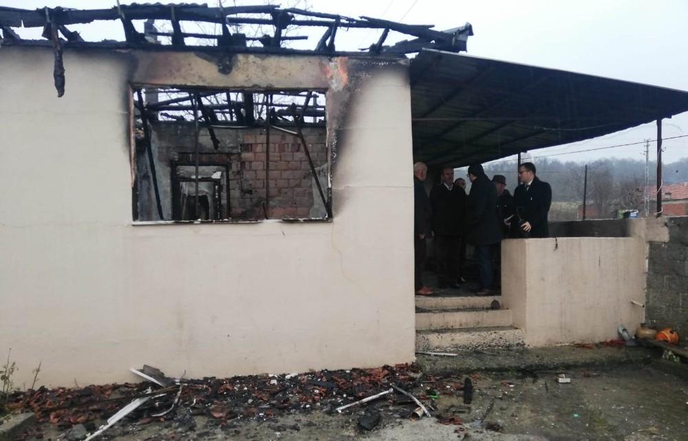 Evi yanan aileye devletten yardım eli