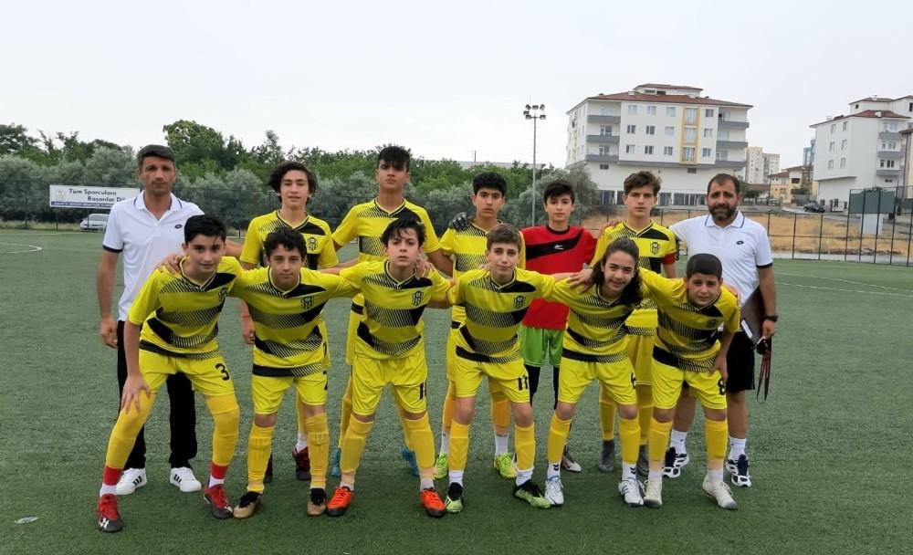Evkur Yeni Malatyaspor altyapısı 2 kategoride de şampiyon