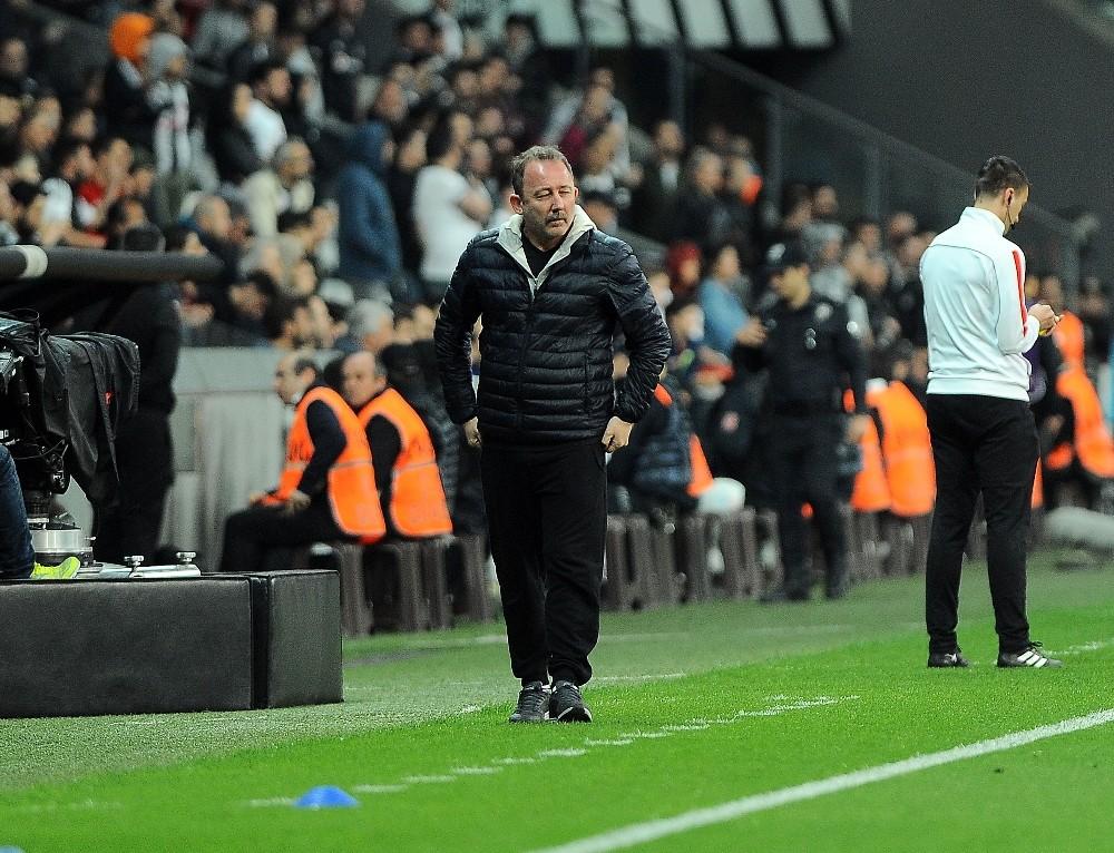 Evkur Yeni Malatyaspor yeni transferlerini kampa yetiştirmek istiyor