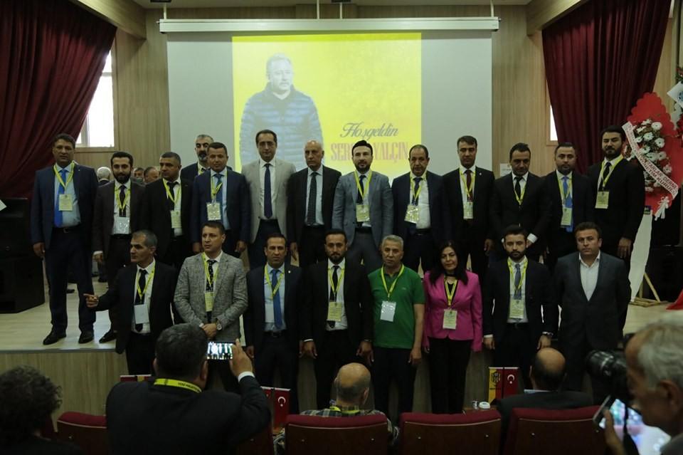 Evkur Yeni Malatyaspor'da yönetim kolları sıvadı