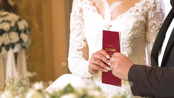 Evlenecekler dikkat! İşte İstanbul'da belediyelerin nikah fiyatları