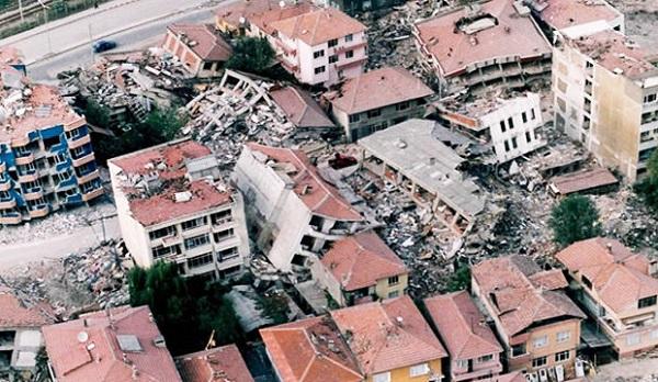 Evlerin en güvenli yeri neresidir? Deprem sırasında nerede durmalıyız?