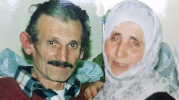 Evli çift 15 dakika arayla hayatlarını kaybetti