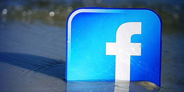 Facebook'ta Trump krizi! Görevlerinden istifa ettiler