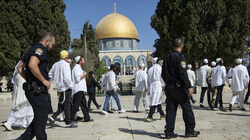 Fanatik Yahudilerden Mescid-i Aksa'ya baskın yapıldı