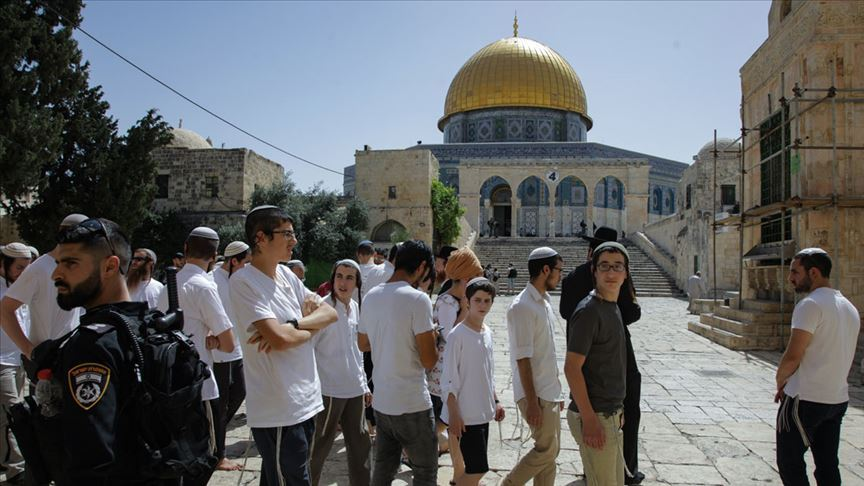 Fanatik Yahudilerin Mescid-i Aksa baskınları durmuyor