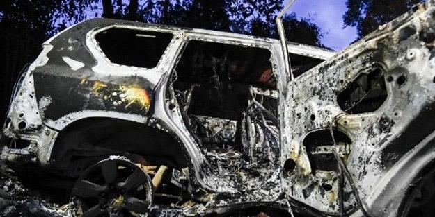 FARC'a muhalif örgüt, belediye başkan adayını, annesini ve 4 kişiyi ateşe verdi