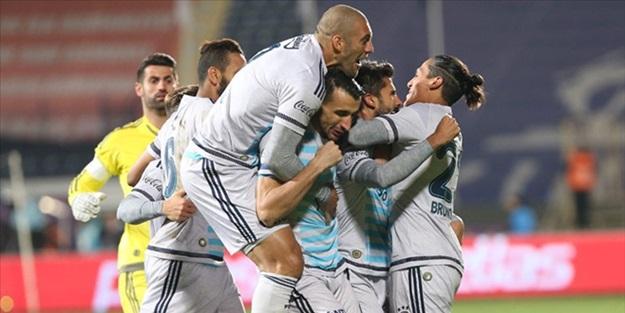 Fenerbahçe güle oynaya gruplarda!
