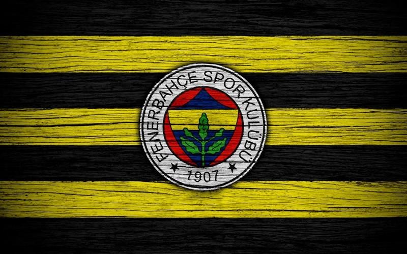 Fenerbahçe taraftarının tasarladığı otobüs tanıtıldı! Bomba detay böyle görüntülendi