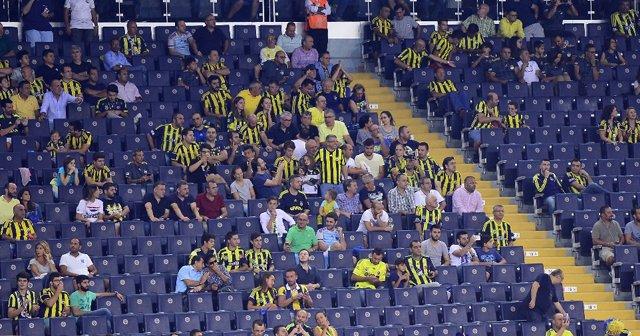 Fenerbahçe'de yönetim geri adım attı
