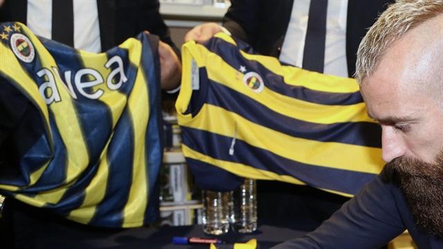 Fenerbahçeli Meireles Aston Villa yolunda