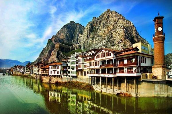 Ferhat'ın Şirin için dağlarını deldiği şehir: Amasya