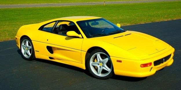 Ferrari'den tarihi karar