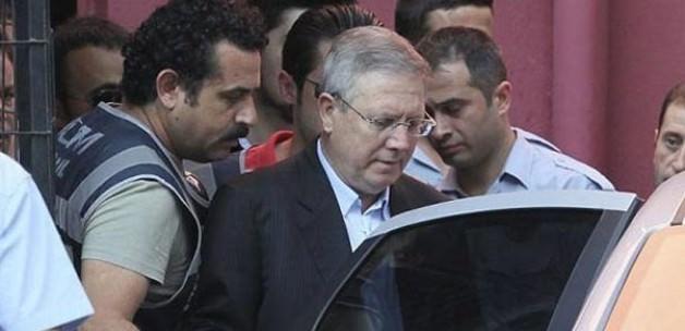 FETÖ elebaşının avukatından 'şike kumpası' itirafı
