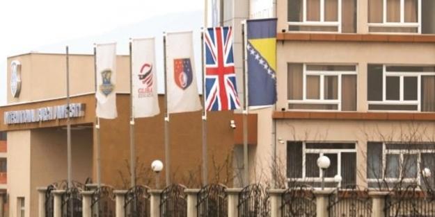 FETÖ'den Bosna'da PKK taktiği! İngiliz bayrağı astılar...