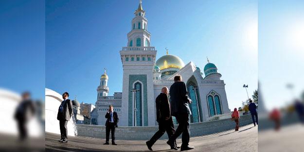 FETÖ'den imamlara casus iftirası