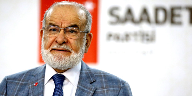 FETÖ'ye ağzını açmadı... Karamollaoğlu, 15 Temmuz mesajında AK Parti'yi hedef aldı