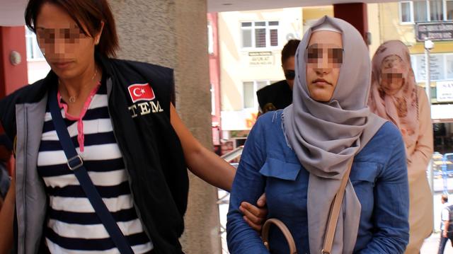 Fetullah Gülen'in akrabası 'abla' evleri boşaltırken yakalandı
