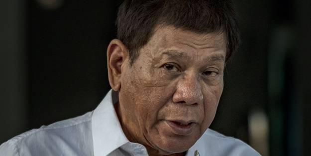 Filipinler liderinden açık tehdit! Aşı olmayana hapis